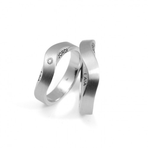 8355 Wedding rings