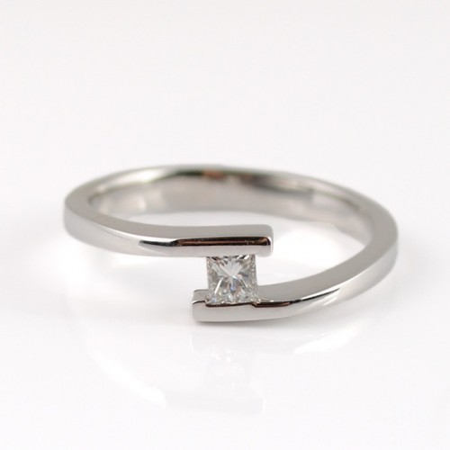Ring white gold and diamond 79309