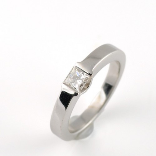 Ring white gold and diamond 4355