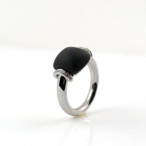A5543 Onyx and diamond white gold ring