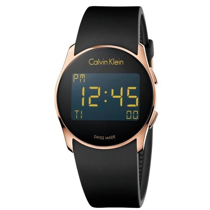f174b8905c05 Reloj Calvin Klein Future color rosado digital con correa de caucho K5B236D1