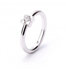 18 carat white gold and 1 brilliant cut diamond engagement ring
