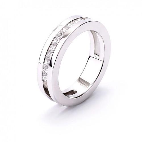 Alliance commitment 18 carat white gold princess cut diamonds