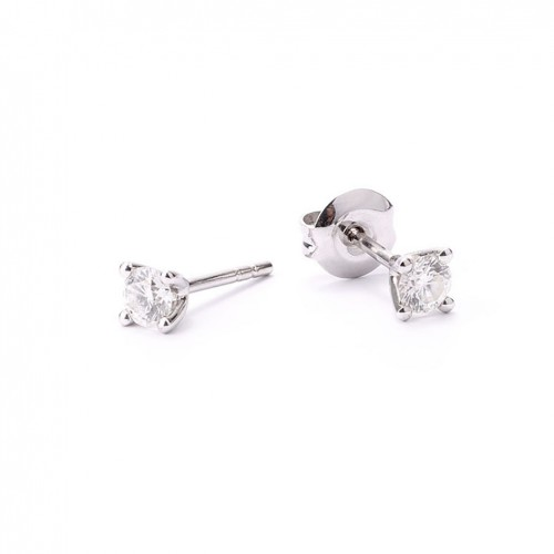Earrings with 4 staples setting 2 diamonds 0.67 carats