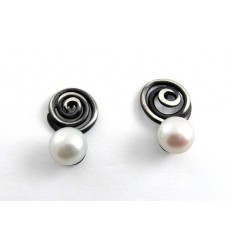 Earrings silver and Pearl J 1809
